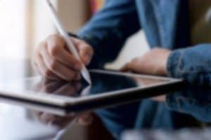 Digitale Unterschrift von Approovd - Schweizer Vertragsmanagement Software - schnell und rechtsgültig
